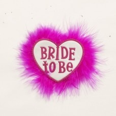 Badge - Bride to Be Fluffy Heart